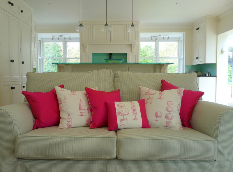 Pink-Boutique-and-Topiary-cushions-open-plan