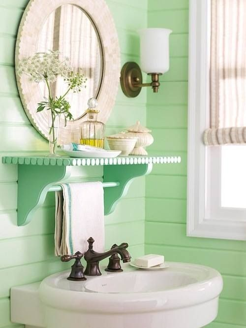 Spring green bathroom